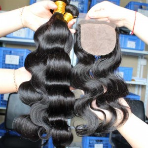Indian Virgin Hair Body Wave 4X4inches Middle Part Silk Base Closure with 3pcs Weaves